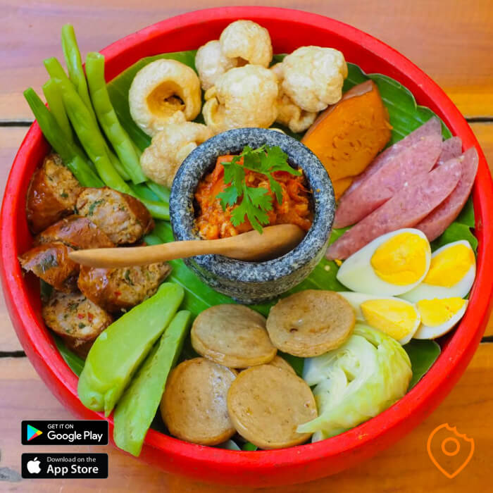 combination platter Huen Phen