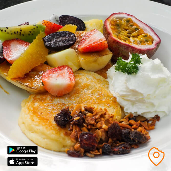 Pancakes with seasonal fruit at Fern Forest