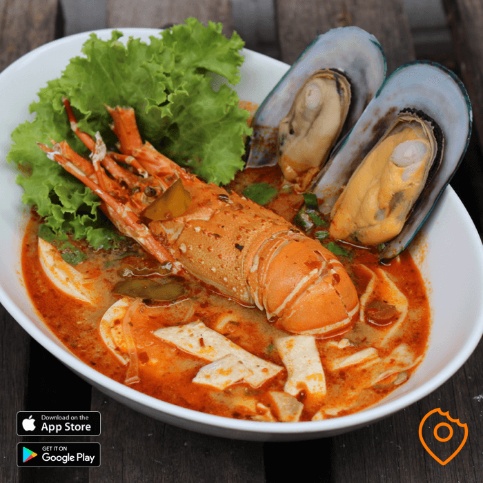 Tom Yum soup with Lobster
