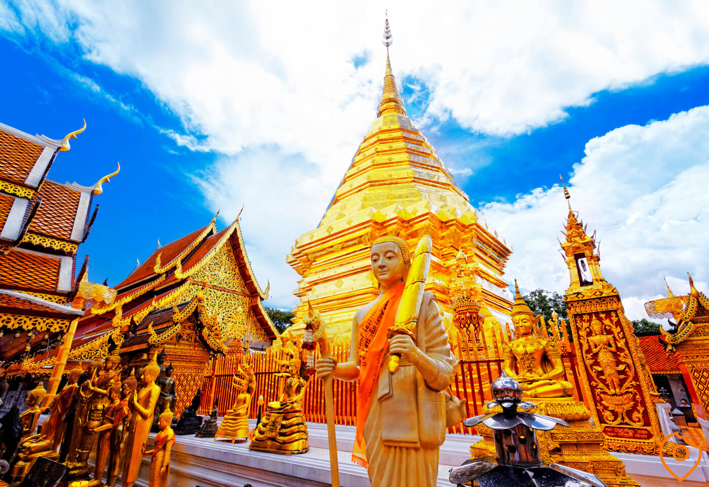 Thailand Itinerary For Kids - Chiang Mai Temple Jop