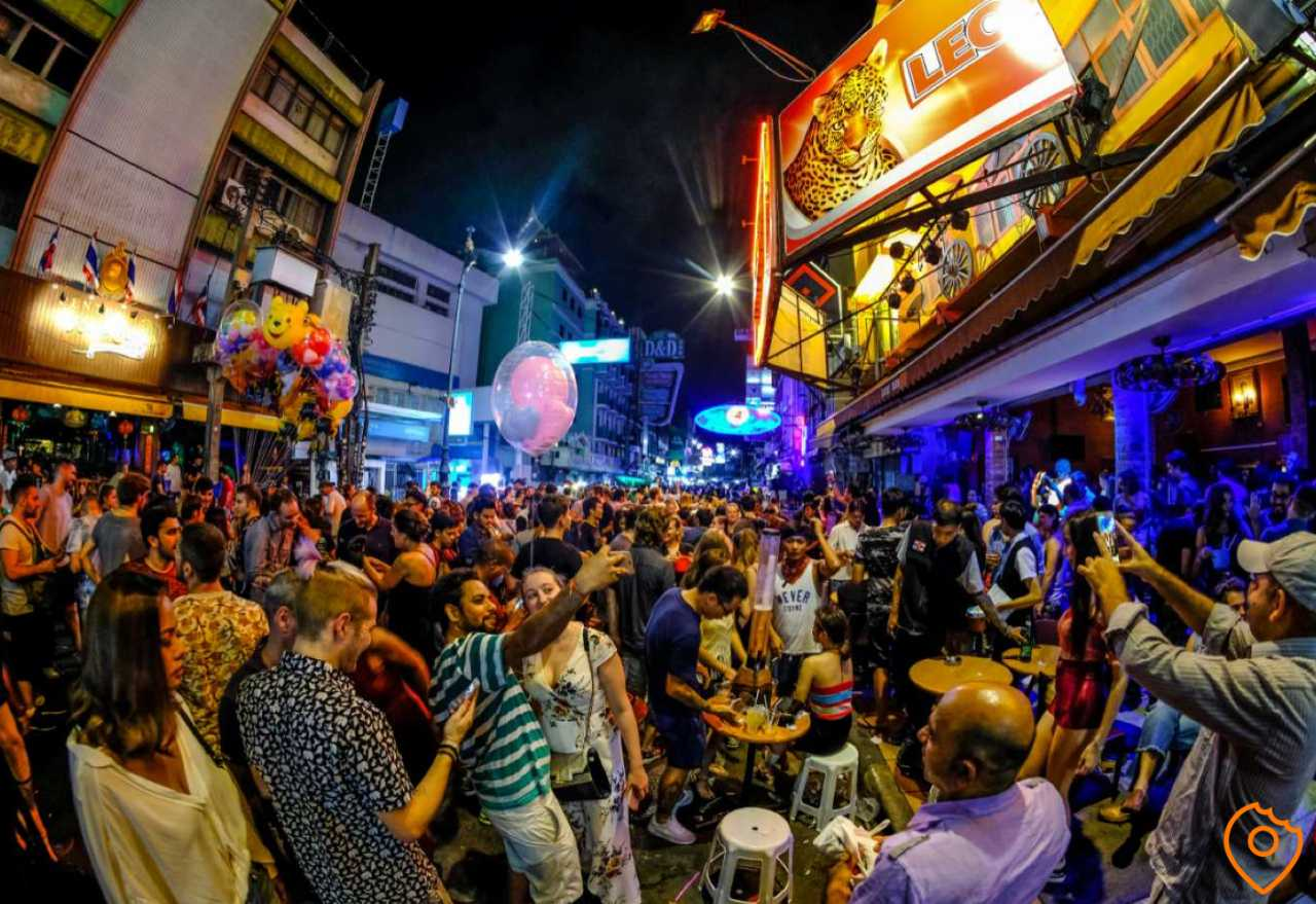 things to do in Bangkok - party at Khao San