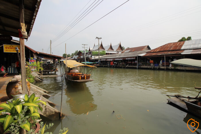 Best Floating Markets in Bangkok Amphawa