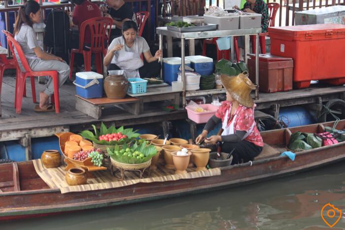Best Floating Markets in Bangkok Taling Chan