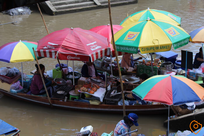 Floating Market in Bangkok Amphawa