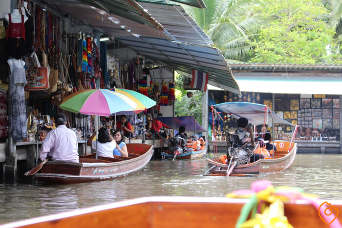 Floating Markets in Bangkok Damnoen Saduak