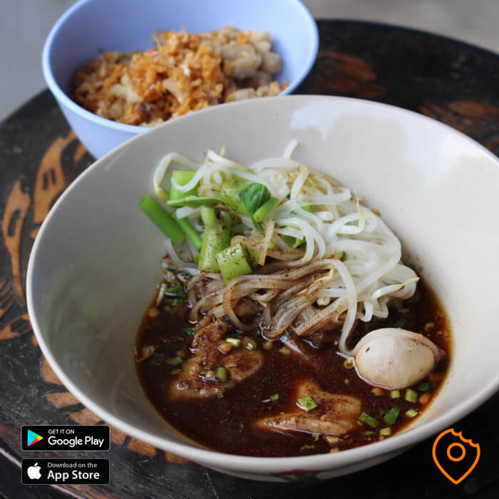 What To Eat In Thailand - Boat Noodles