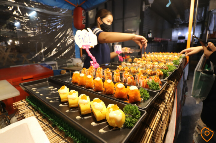 Where To Stay In Bangkok For Street Food - Ratchada