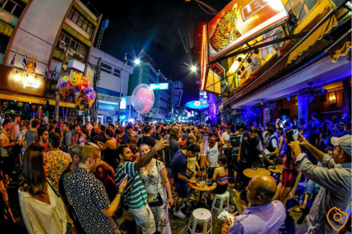 Where To Stay In Bangkok For Nightlife - Khao San road